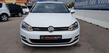 View Volkswagen, NEW SERIE GOLF VII, BIANCO, 2015, Metano / Benzina, 60583 Km